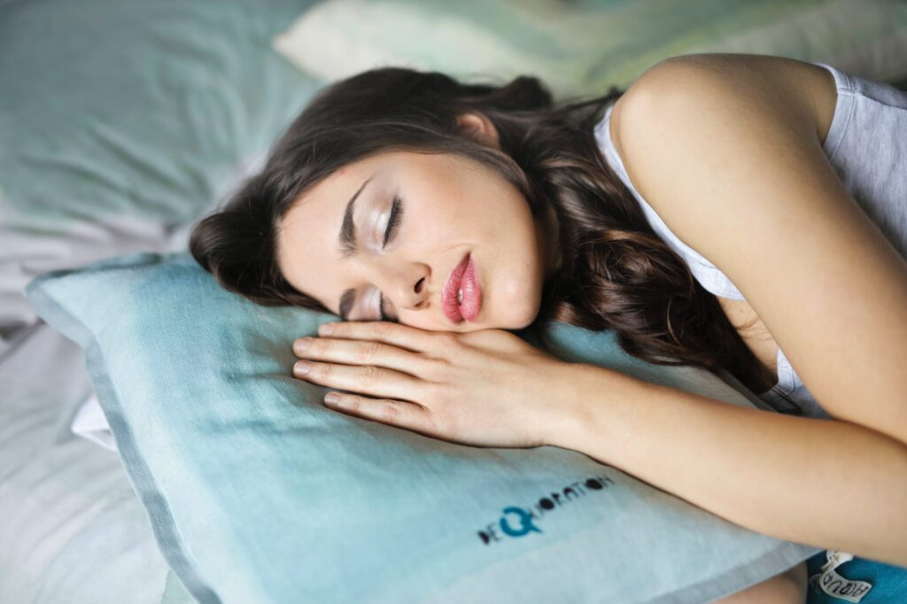 close up photography of woman sleeping